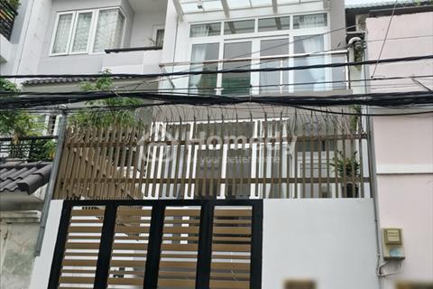 Bán gấp nhà phố 3 lầu hiện đại đường Trần Xuân Soạn, P.Tân Hưng, Q7
