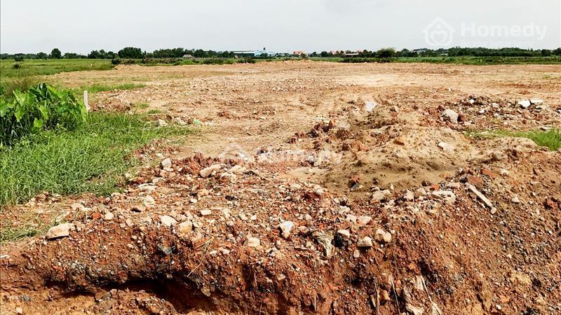 Bán đất xây xưởng ở TL15, SHR, giá 1,3 triệu/m2 . Tôi có 1,1 ha - 6
