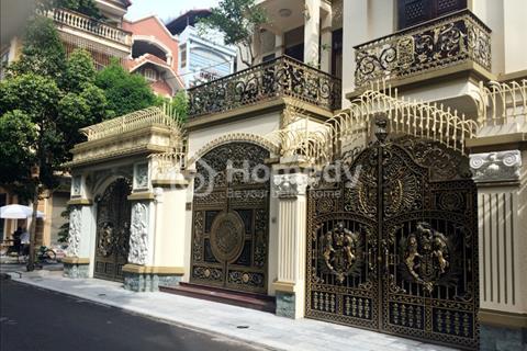 Cần bán biệt thự đường Hoàng Diệu quận Phú Nhuận: 8x20, trệt, 2 lầu, 17,6 tỷ