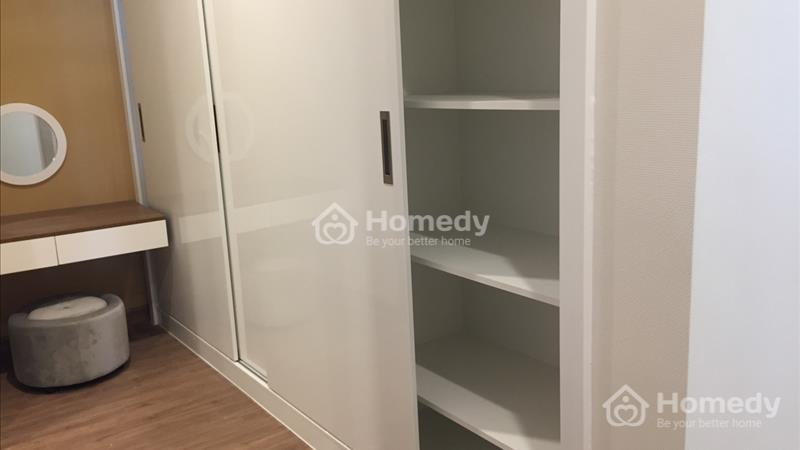 Cho thuê căn hộ Vinhome Central Park 3 phòng ngủ 160 m2 - 4