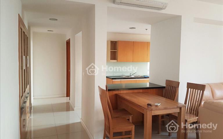Cần cho thuê gấp căn hộ Sunrise City 2 phòng ngủ khu South, giá tốt nhất
