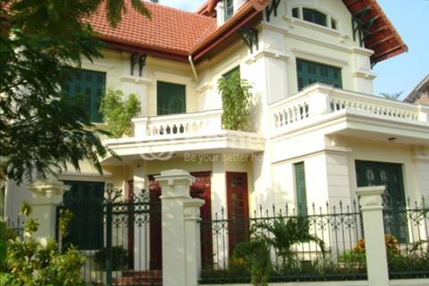 Bán biệt thự đường Hoa Mai khu Phan Xích Long:8X16,trệt, 2 lầu, áp mái, gara, giá 21,5 tỷ