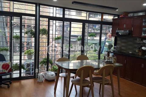 Cần bán nhà phố 317 Tây Sơn, DT 55m2, Nhà mới xây đẹp 5 tầng. Giá bán gấp 4,9 tỷ. Có thương lượng