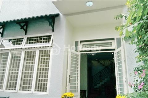 Bán gấp nhà phố 2 lầu hiện đại hẻm 60 đường Lâm Văn Bền, P. Tân Kiểng, Quận 7.