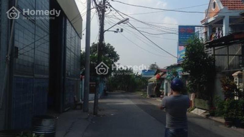 Sang nhượng nhà xướng Dt 1000M2 ở đường Phan Văn Hớn. Giá 12 Tỷ, SHR - 1