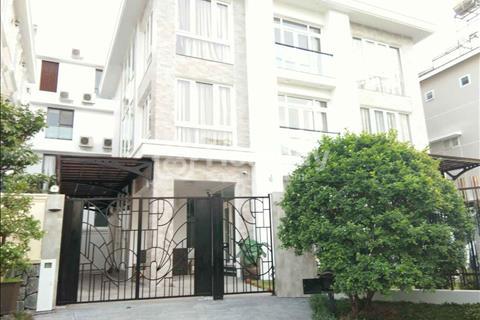 Bán biệt thự căn góc đẹp thuộc Nam Thiên 3 KĐT Phú Mỹ Hưng,nội thất cao cấp.