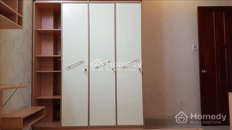 Cho thuê gấp căn hộ mini cao cấp 25m2, có thang máy, cửa khóa vân tay, an ninh 24/24, khu vực Q5 - 6