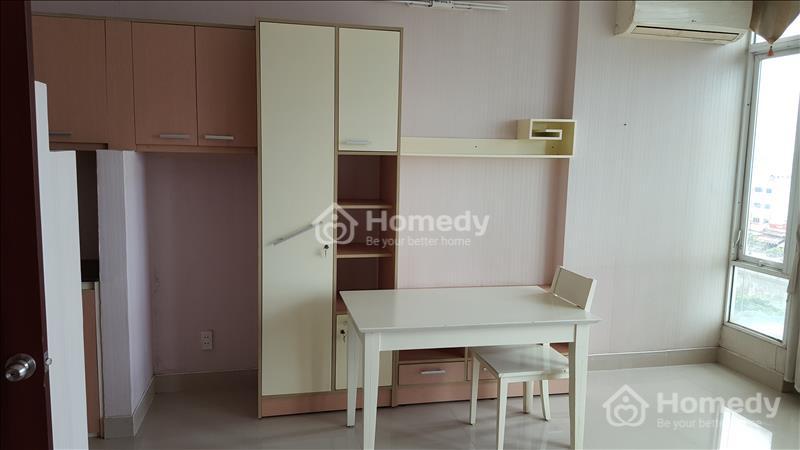 Cho thuê gấp căn hộ mini cao cấp 25m2, có thang máy, cửa khóa vân tay, an ninh 24/24, khu vực Q5 - 5