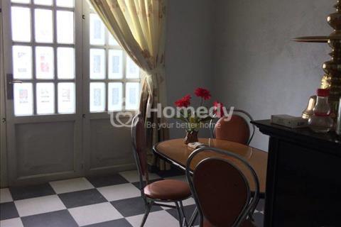 Bán nhà đẹp, 1 trệt 3 lầu, hẻm Lê Hồng Phong, giá rẻ.