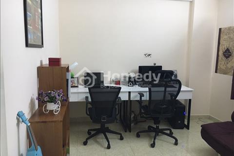 Cần bán gấp căn hộ Tôn Thất Thuyết, quận 4.Diện tích 62m2, 2 pn, giá 1,8 tỷ