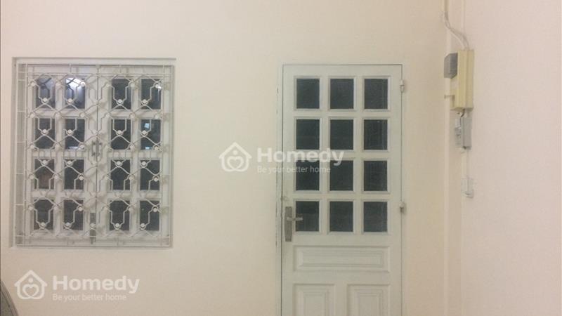 Cần bán căn hộ Chung cư - Ngay chợ- Thông thương - Đi đâu cũng gần - TT Q.5 - 1
