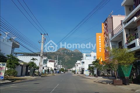 Bán đất nền mặt tiền Phạm Văn Đồng, Vĩnh Hoàm Nha Trang - 600 m2 , ngang 22m , chiều sâu 27m