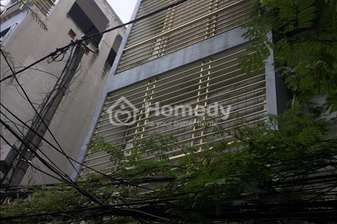 Bán gấp nhà phố Lê Văn Lương đẹp long lanh. Diện tích 47m2.Mặt tiền 3,5m. 4,5 tầng. Ô tô đỗ cửa
