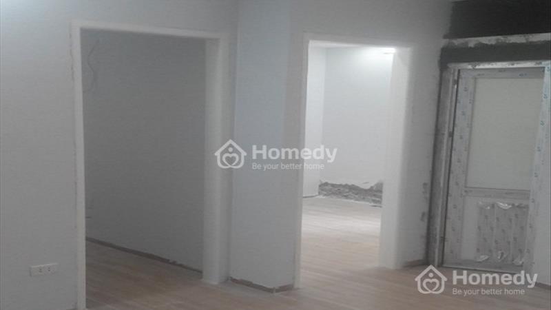 Căn hộ chung cư mini cao cấp Hoàng Đạo Thành diện tích 47 m2, có hầm để ô tô. Gía 630 triệu  - 2
