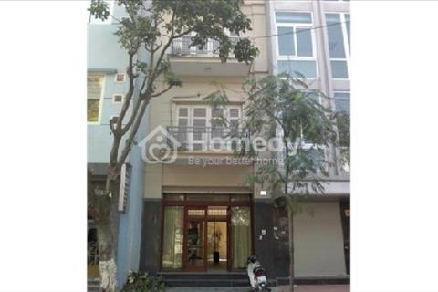 Cho thuê nhà mặt phố Nguyễn Thái Học, DT 95 m2 *1,5 tầng, MT 5m. Giá  54 triệu/tháng.