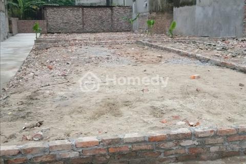 Cần bán gấp mảnh đất 38 m2 ở tổ 5 Thạch Bàn, mặt tiền 3,5 m hướng Đông Nam đường ô tô đỗ cửa nhà