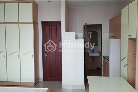 Cho thuê căn hộ tại quận 5, nhà mặt tiền Võ Văn Kiệt, sạch sẽ & mát mẻ