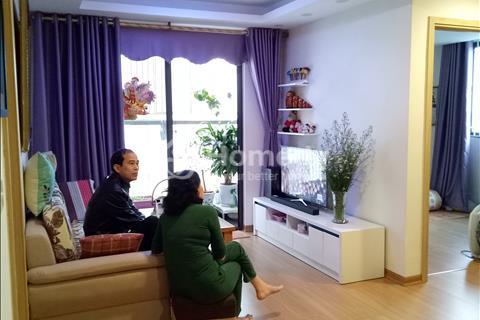 Cần bán gấp căn hộ chung cư Đặng Xá, diện tích 67 m2