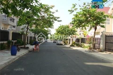 Bán gấp lô đất 2 mặt tiền Đông Nam - Tây Bắc, 98 m2, đường Hoàng Hữu Nam