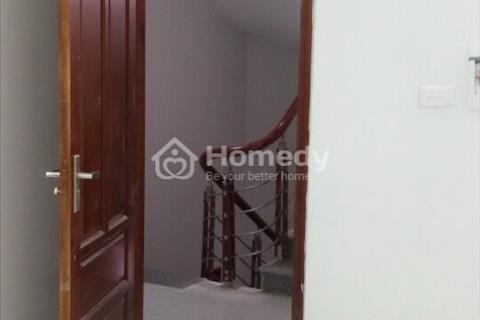 Cho thuê căn hộ chung cư mini 35 m2 gần đường Trần Vỹ