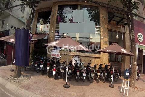 Cho thuê mặt bằng 2 mặt tiền đường Trường Sa, Phường 14, Quận Phú Nhuận (2 mặt tiền đường + hẻm 2m)