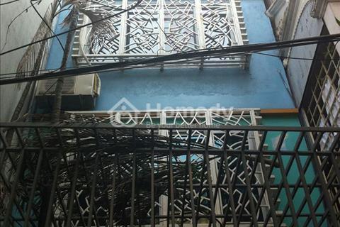 Bán nhà phố Đoàn Thị Điểm, Đống Đa, diện tích 45 m2, 5 tầng, ô tô cách nhà 100 m