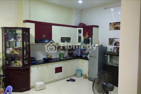 Bán nhà 40 m2, phân lô, ô tô vào nhà, kinh doanh tốt phố Kim Mã, giá 7,2 tỷ