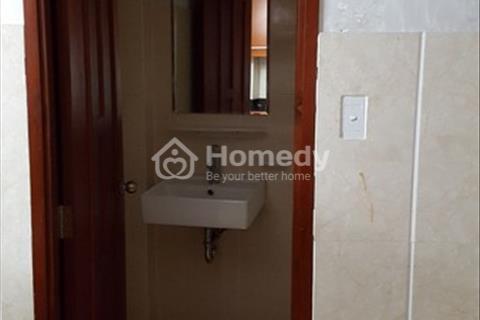 Cho thuê phòng 55m2 6Tr Q5 ngay đại lộ Võ Vẵn Kiệt nguyên lầu 1 bếp 1 phòng ngủ