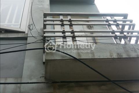 Bán nhà riêng ngõ phố Khương Đình, 35 m2, giá 2,4 tỷ