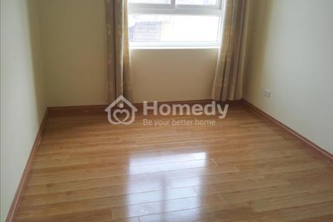 Cho thuê căn hộ chung cư 170 Đê La Thành, 146 m2, đồ cơ bản, giá 13 triệu/tháng