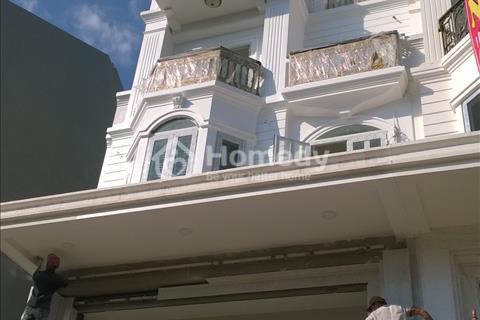 Bán gấp nhà mặt tiền Phan Văn Trị, khu Emart, Vincom, diện tích 6 x 21 m