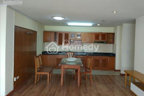 Bán căn hộ 170 Đê La Thành, 142 m2, căn góc, nhà đẹp, tầng đẹp, view hồ, giá 33,5 triệu/m2 có bớt