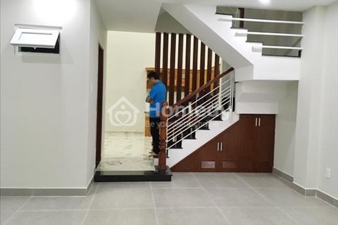 Bán gấp nhà phố 2 lầu, hiện đại, mặt tiền đường số 51, phường Bình Thuận, quận 7