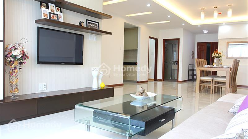 Cho thuê căn hộ Hoàng Anh River View 4 phòng ngủ 162 m2 view hồ bơi - 3