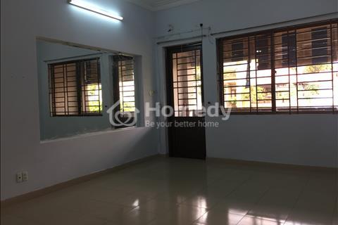 Cho thuê phòng 32 m2 Hoàng Hoa Thám, Tân Bình, 3,5 triệu/tháng