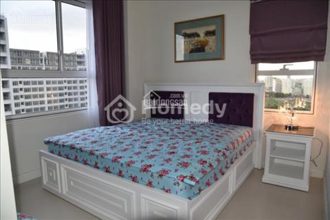 Cần cho thuê căn hộ 3 phòng ngủ, ngay trung tâm đường Bến Vân Đồn, Quận 4