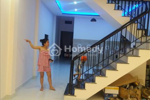 Bán nhà 2 tầng đường Nguyễn Duy Trinh, gần khu du lịch Non Nước Đà Nẵng, giá thương lượng