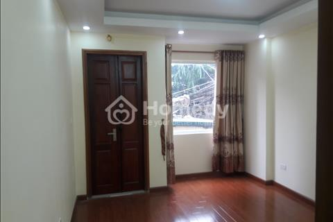 Cần bán nhà trên đường Vũ Tông Phan, ô tô đỗ cửa