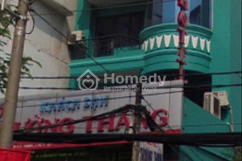 Cho thuê nhà mặt tiền đường Hai Bà Trưng, Phường 8, Quận 3, Hồ Chí Minh.