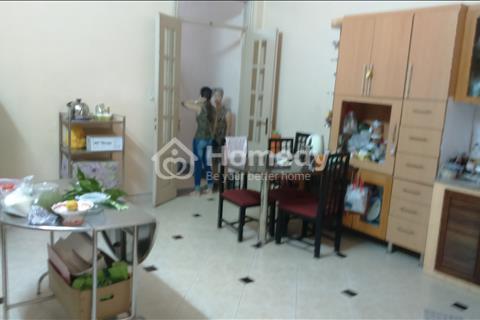 Cho thuê nhà mặt tiền đường Nguyễn Trãi, Phường 14, Quận 5