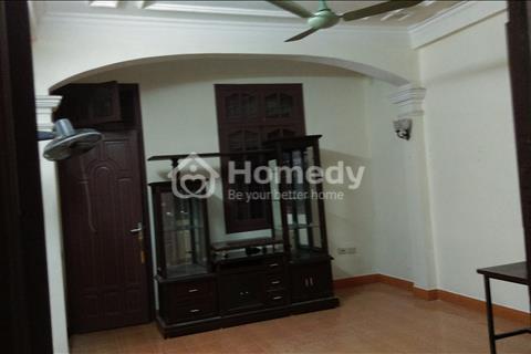 Cho thuê nhà chung cư, tầng 1, 36 m2, giá 3 triệu ngay ngã 3 Hoàng Quốc Việt - Phạm Văn Đồng