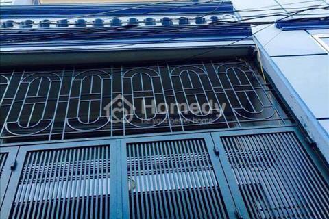 Bán nhà đẹp phố Vũ Thạnh 50 m2 x 4 tầng mặt tiền 4,6 m ô tô vào nhà
