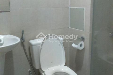 Cho thuê căn hộ FLC 36 Phạm Hùng 3 phòng ngủ, đồ cơ bản, ở ngay, 13 triệu/tháng