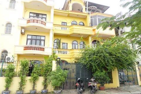 Cho thuê nhà Nguyễn Khang, 40 m2 x 5 tầng, sàn thông