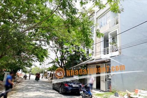 Bán nhà số 22 đường D6, Khu dân cư Hoàn Cầu, Phường Bình Thuận, Quận 7