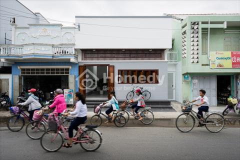 Nhà cấp 4, góc 2 mặt tiền đường Trương VănThành, Phường Hiệp Phú, Quận 9. Giá 3,5 tỷ, 72 m2