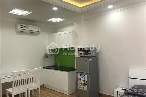 Cho thuê căn hộ cao cấp Cách Mạng Tháng 8 gần Hòa Hưng, full nội thất, Quận 10