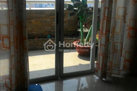 Cần bán căn hộ Hùng Vương Plaza Quận 5. Diện tích 130 m2, 3 phòng ngủ, 4,2 tỷ