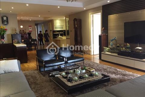 Chính chủ cho thuê căn hộ tại chung cư D2 Giảng Võ, 130 m2, 3 phòng ngủ, đủ đồ giá 20 triệu/tháng