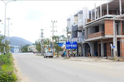 Nhà khu nghỉ dưỡng mới xây 3 tầng, gần sông khu D Đà Nẵng giá 2 tỷ
